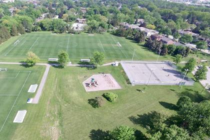 Halton Heights Park Oakville at 1381 Kathleen Crescent, Iroquois Ridge South, Oakville