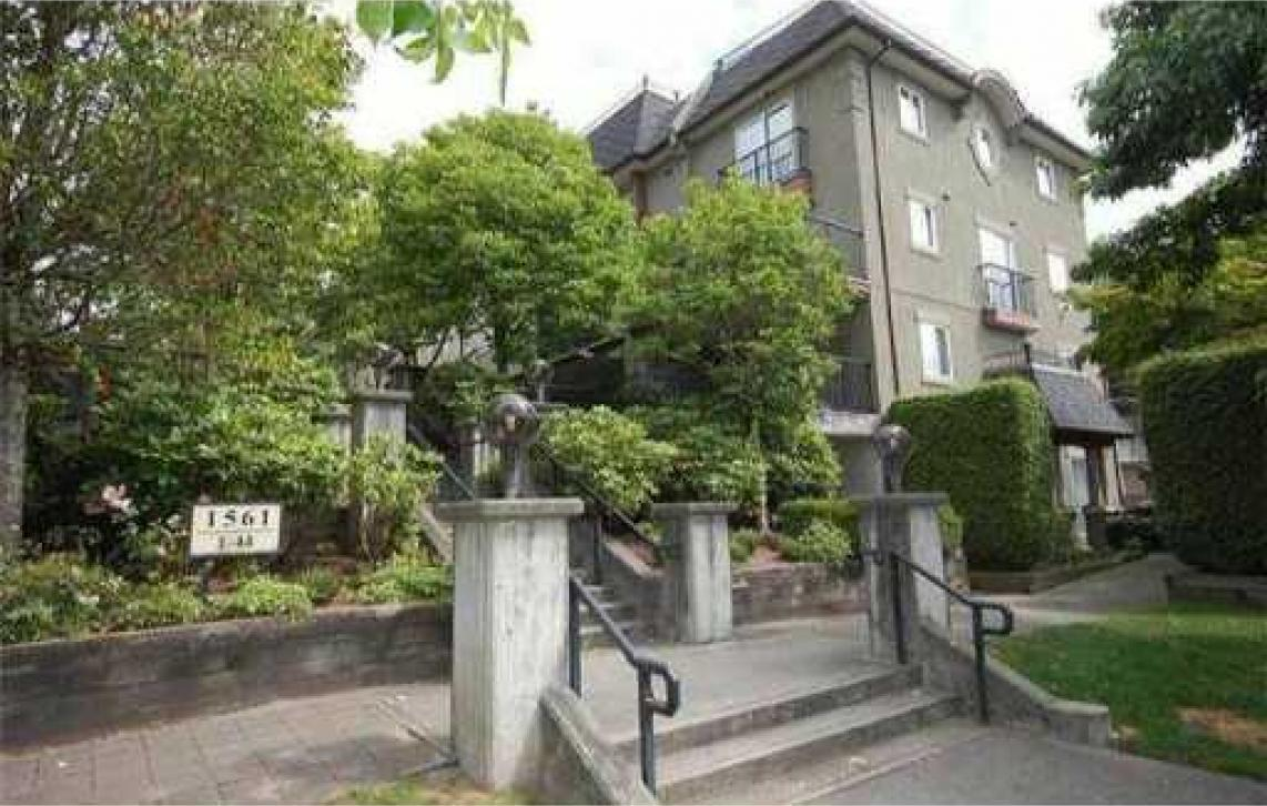 33 - 1561 Booth Avenue,