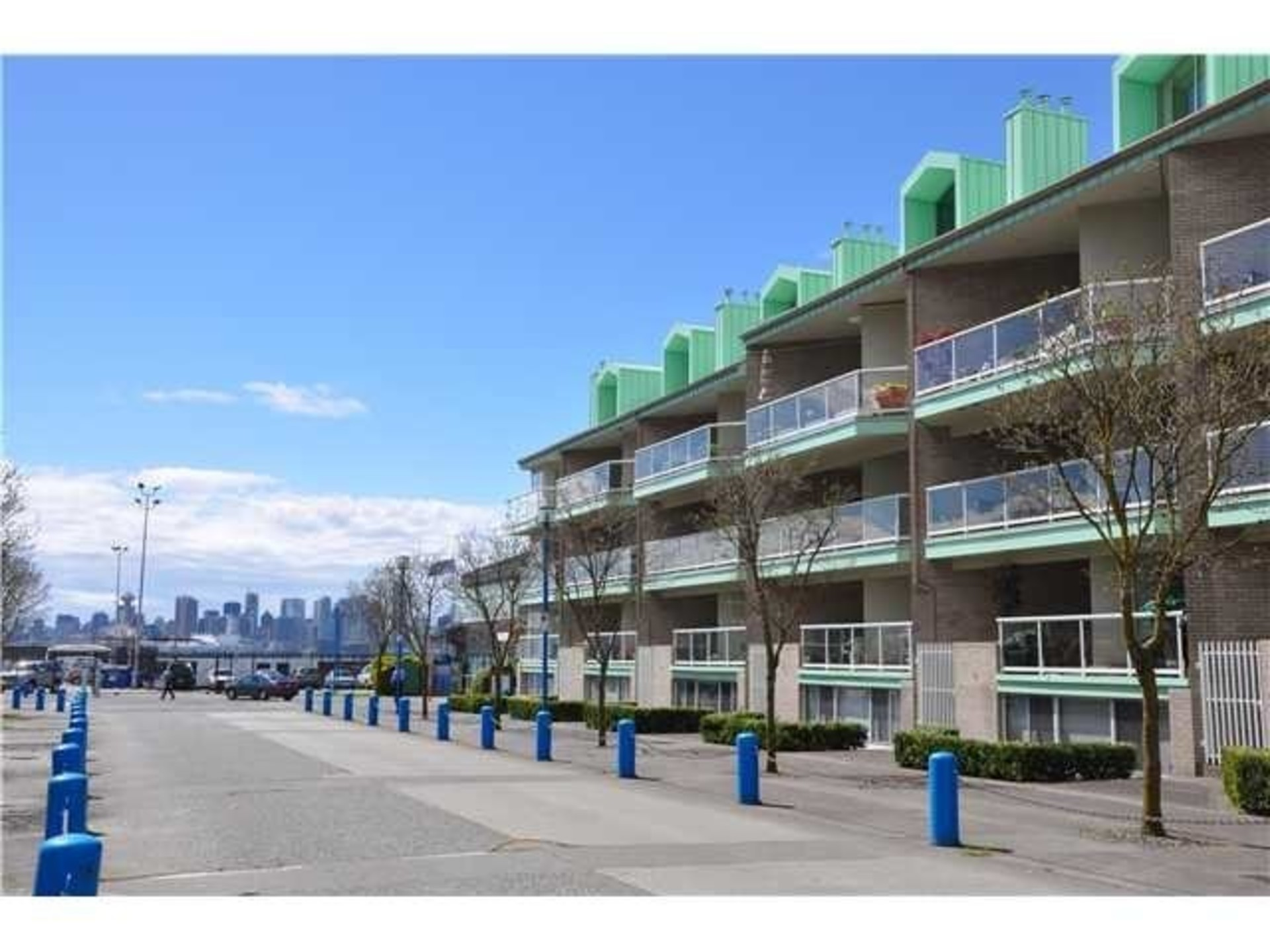 33 CHESTERFIELD PLACE, Lower Lonsdale, North Vancouver