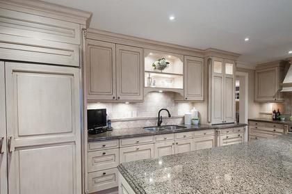 kitchen at 3480 Mathers Avenue, West Bay, West Vancouver