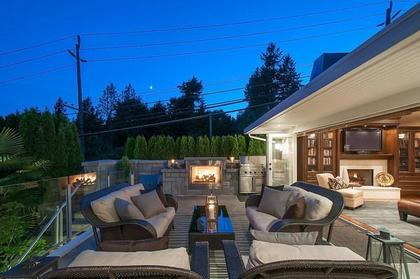 deck from family room at 3480 Mathers Avenue, West Bay, West Vancouver