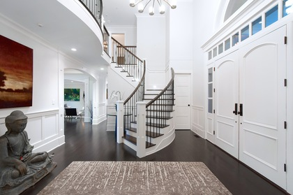 foyer at 460 Westholme Road, West Bay, West Vancouver