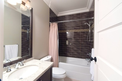 suite bathroom at 460 Westholme Road, West Bay, West Vancouver