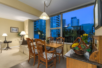9 at 502 - 1501 Howe Street, Yaletown, Vancouver West