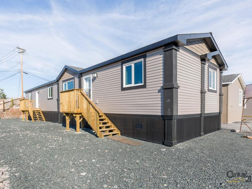 22 Spence Road, Yellowknife