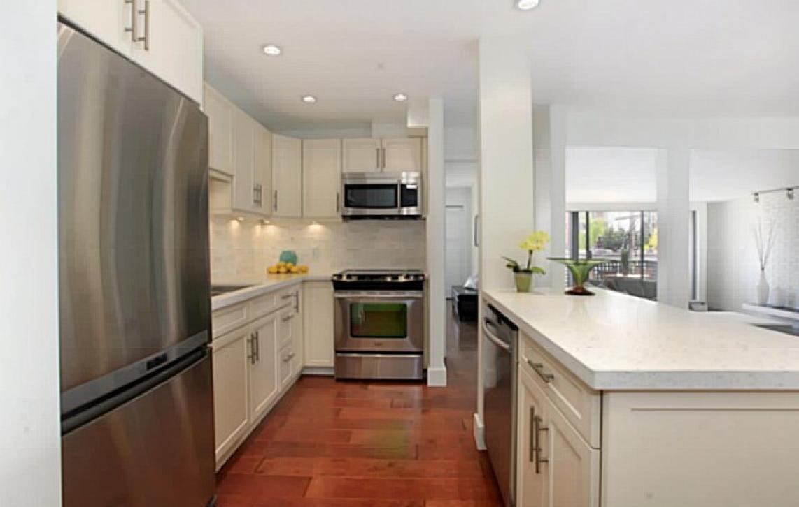 208 - 141 13th Street, Central Lonsdale, North Vancouver