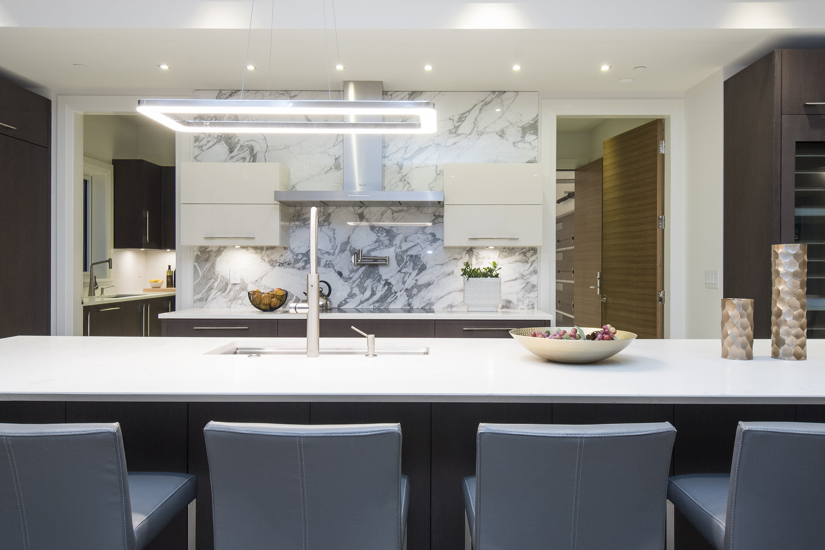 016 at 1677 29th Street, Altamont, West Vancouver