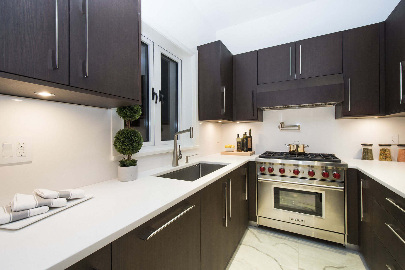 020 at 1677 29th Street, Altamont, West Vancouver