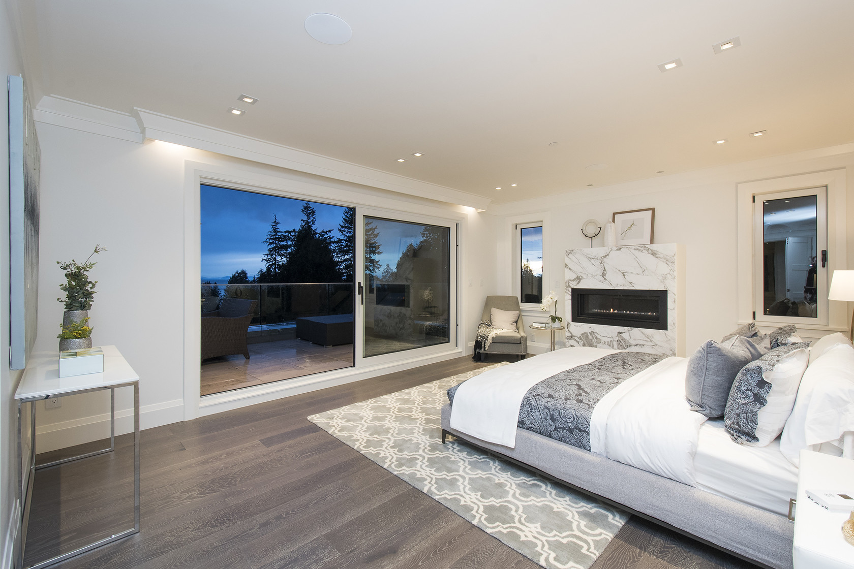 021 at 1677 29th Street, Altamont, West Vancouver