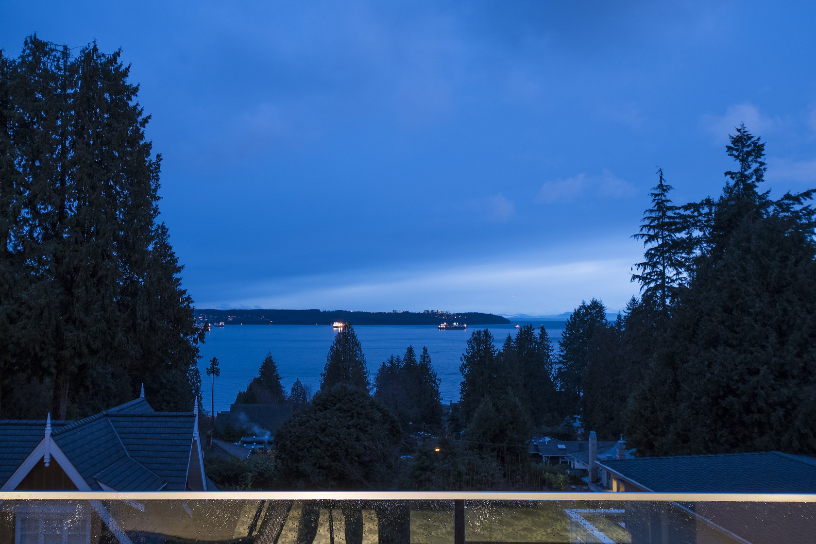 027 at 1677 29th Street, Altamont, West Vancouver