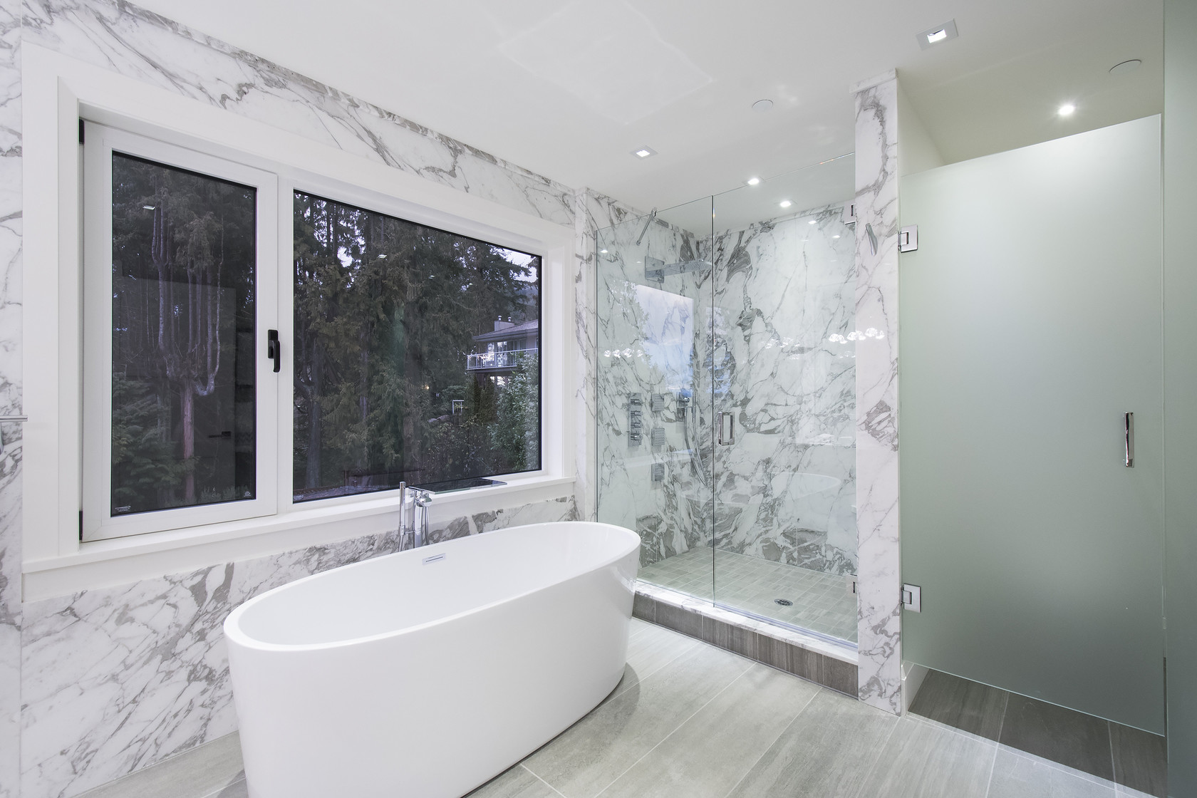 032 at 1677 29th Street, Altamont, West Vancouver