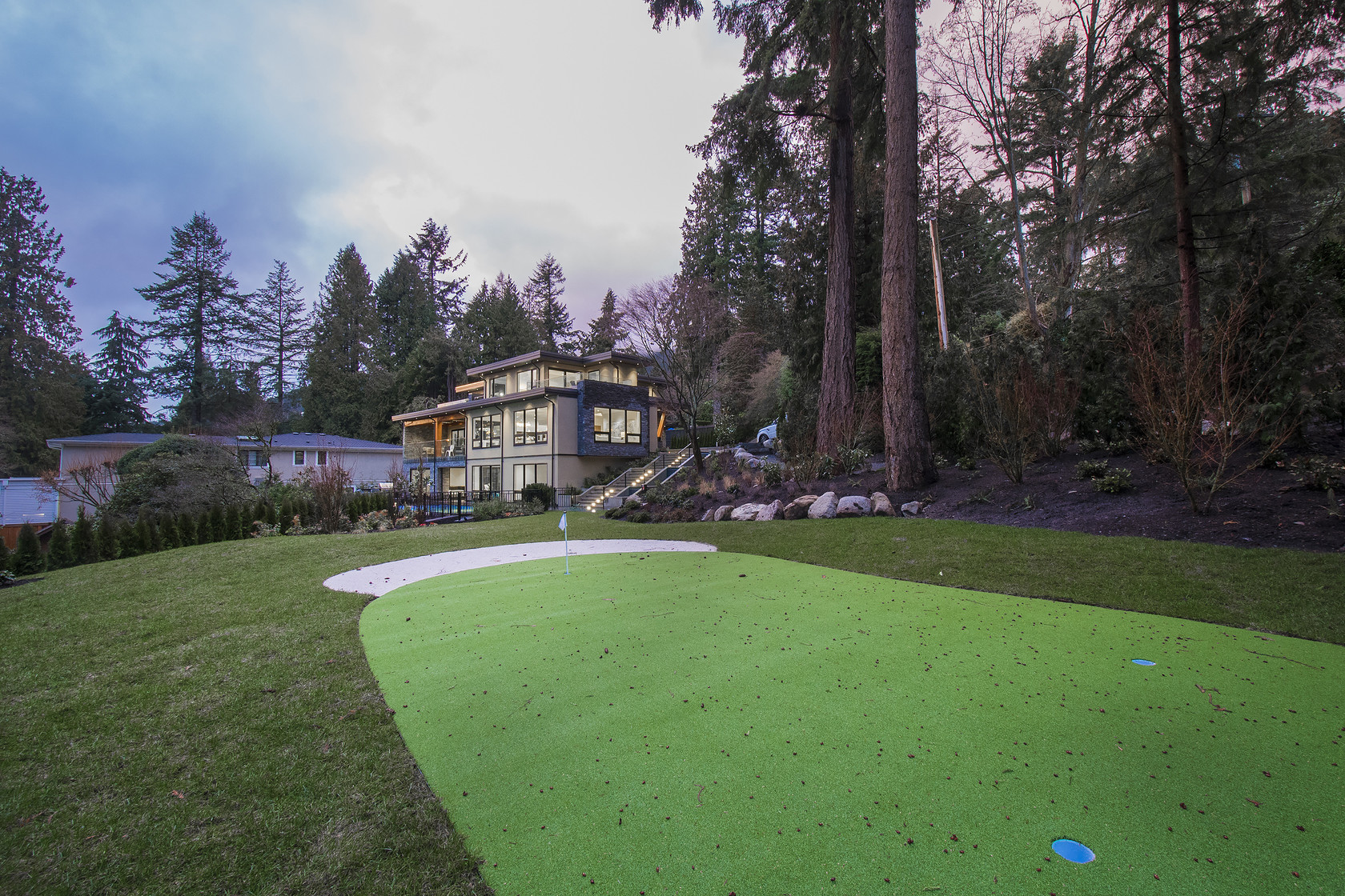 045 at 1677 29th Street, Altamont, West Vancouver