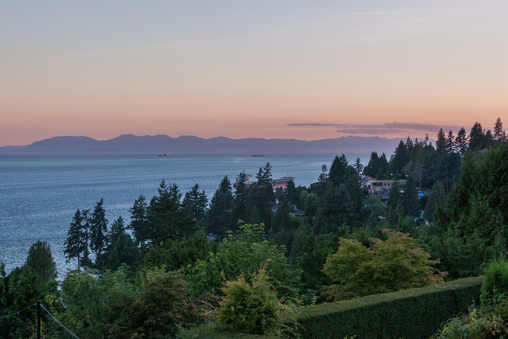 duskhigh-1 at 3280 Thompson Crescent, Westmount WV, West Vancouver