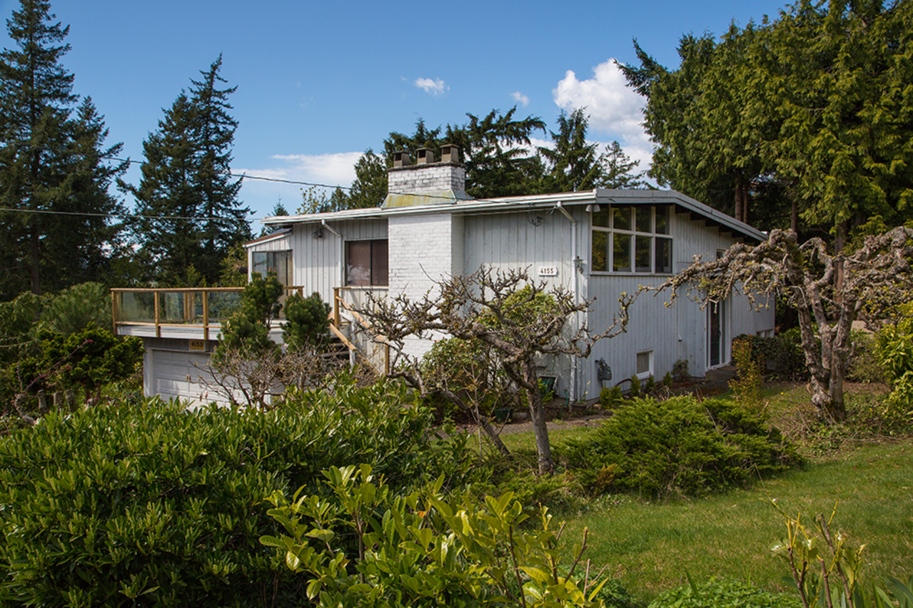 Front of House, Close Up at 4155 Burkehill Place, Bayridge, West Vancouver