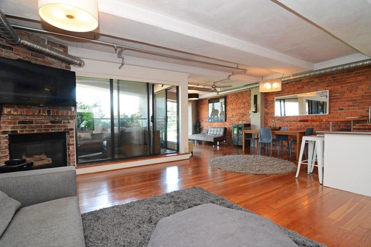 16 at 302 - 27 Alexander Street, Downtown VE, Vancouver East