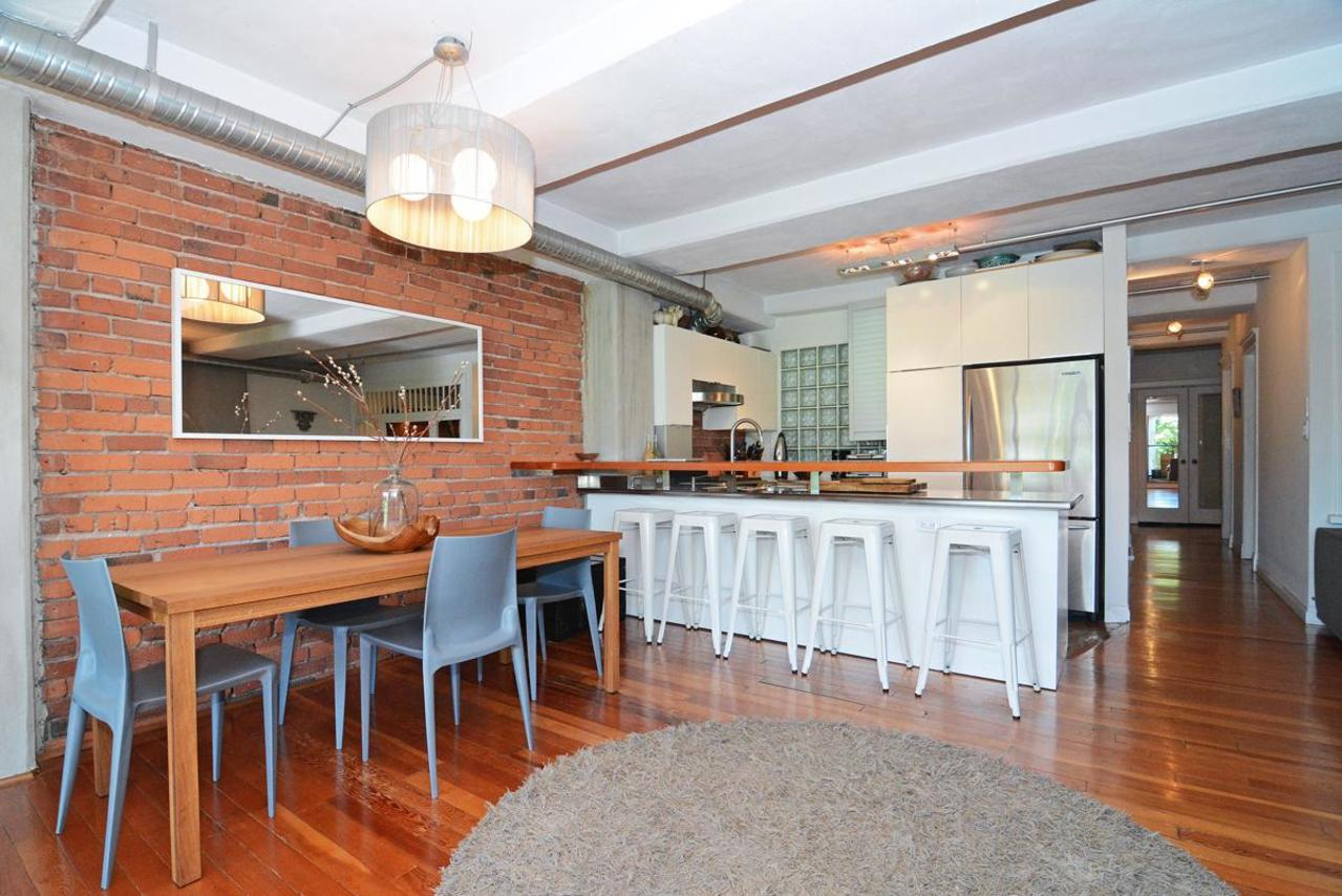 8 at 302 - 27 Alexander Street, Downtown VE, Vancouver East