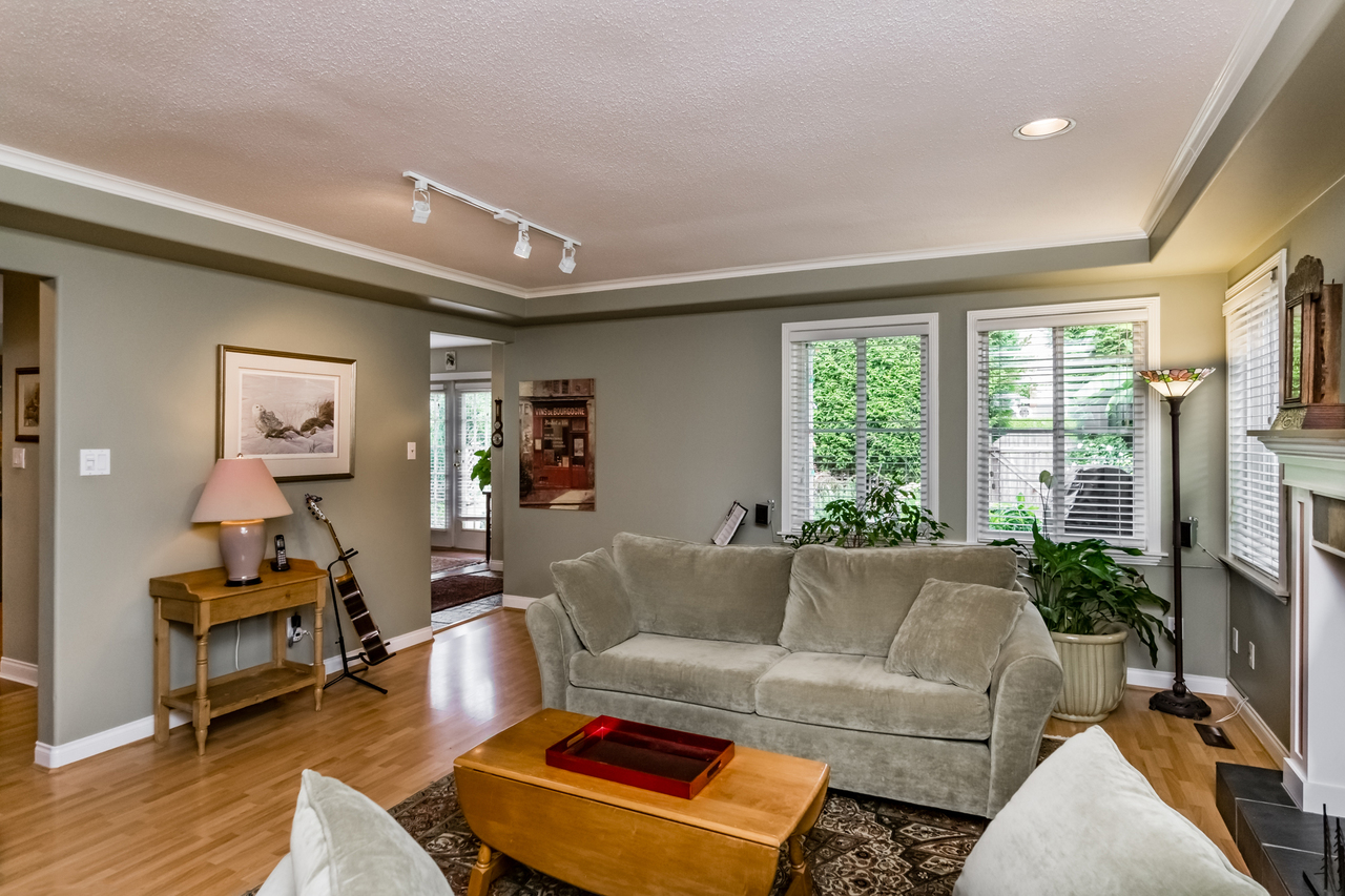 5 at 265 E 17th Street, Central Lonsdale, North Vancouver