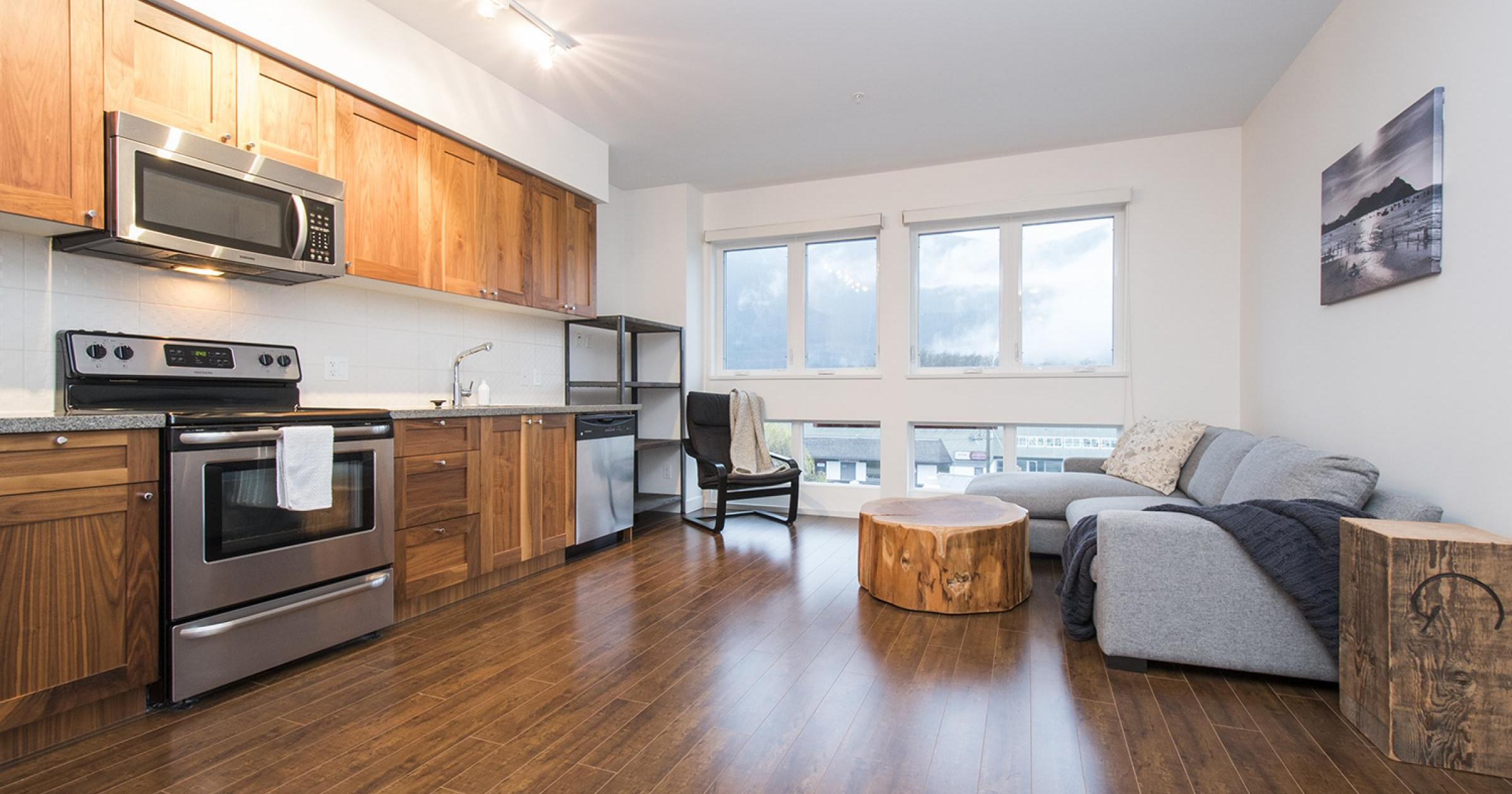 401 - 37841 Cleveland Avenue, Downtown SQ, Squamish