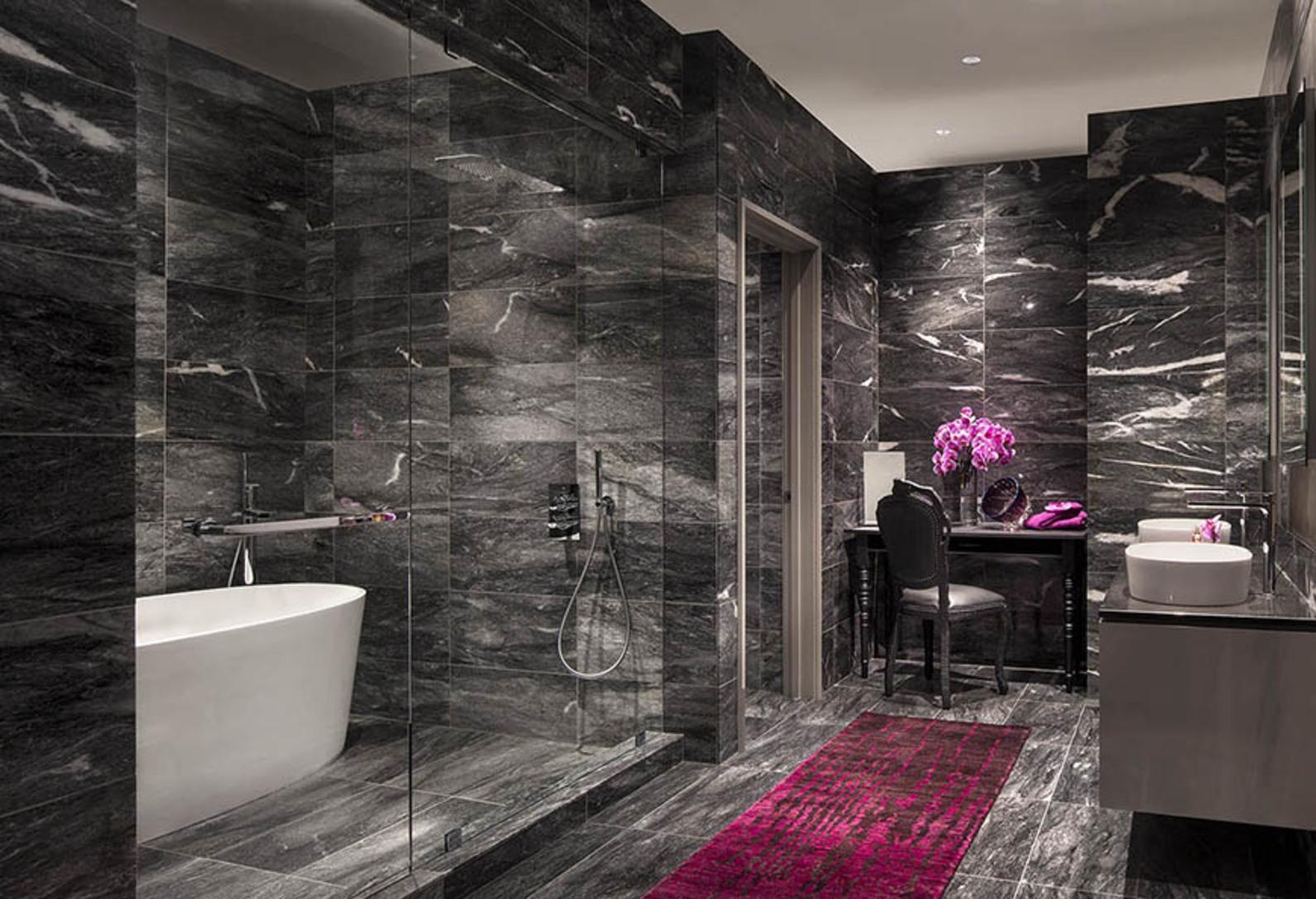 bath02 at