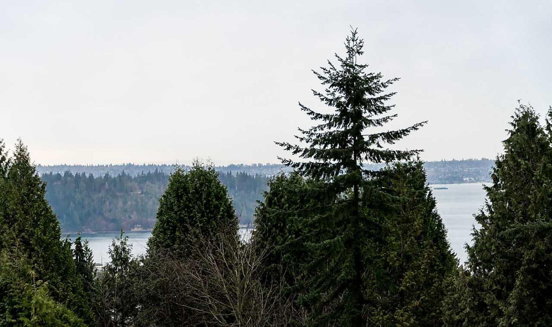 image-262059309-3.jpg at 1266 Ottaburn Road, British Properties, West Vancouver