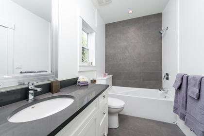 Master bath at 87 - 3295 Sunnyside Road, Anmore, Port Moody