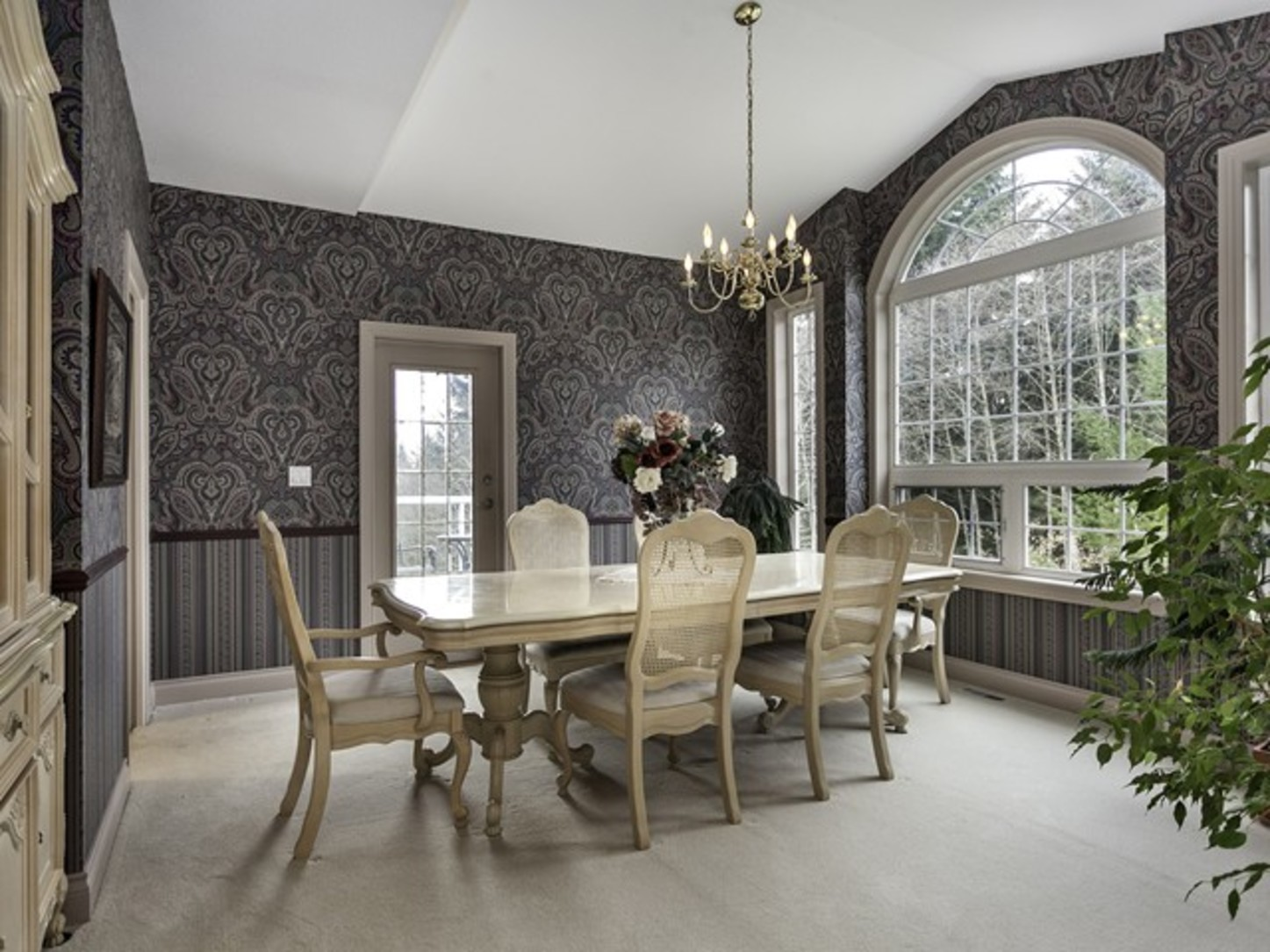 Formal dinning room at 2558 Diamond Crescent, Westwood Plateau, Coquitlam