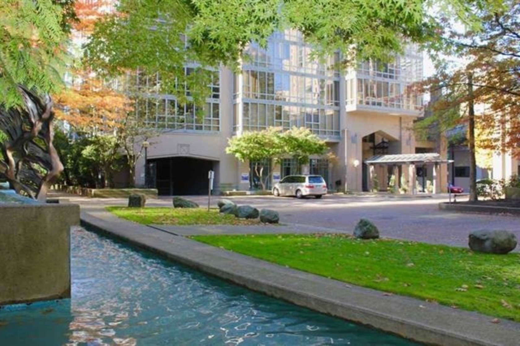 950 Cambie Street, Yaletown, Vancouver West