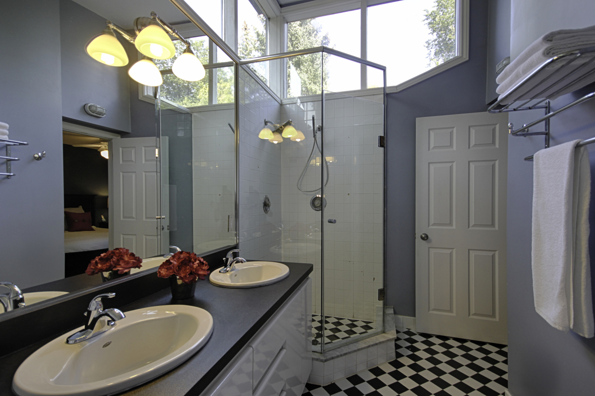 5 Piece Ensuite Bathroom at 12 Mallow Road, Banbury-Don Mills, Toronto