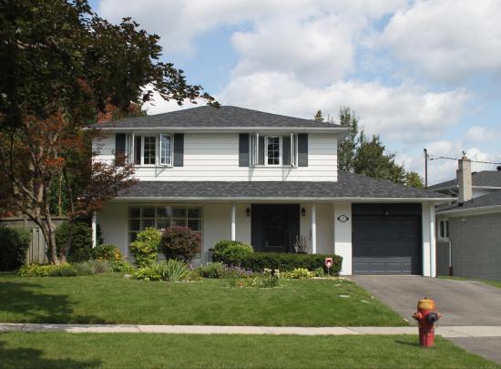 6 Stubbs Drive, St. Andrew-Windfields, Toronto 2
