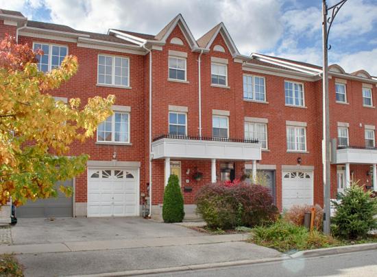 168 Dallimore Circle, Banbury-Don Mills, Toronto 2