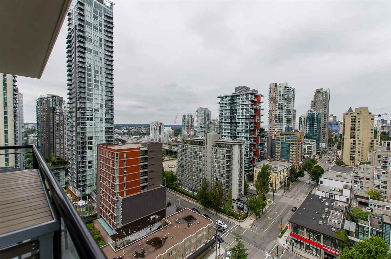 image-262107219-4.jpg at 1909 - 1295 Richards Street, Downtown VW, Vancouver West