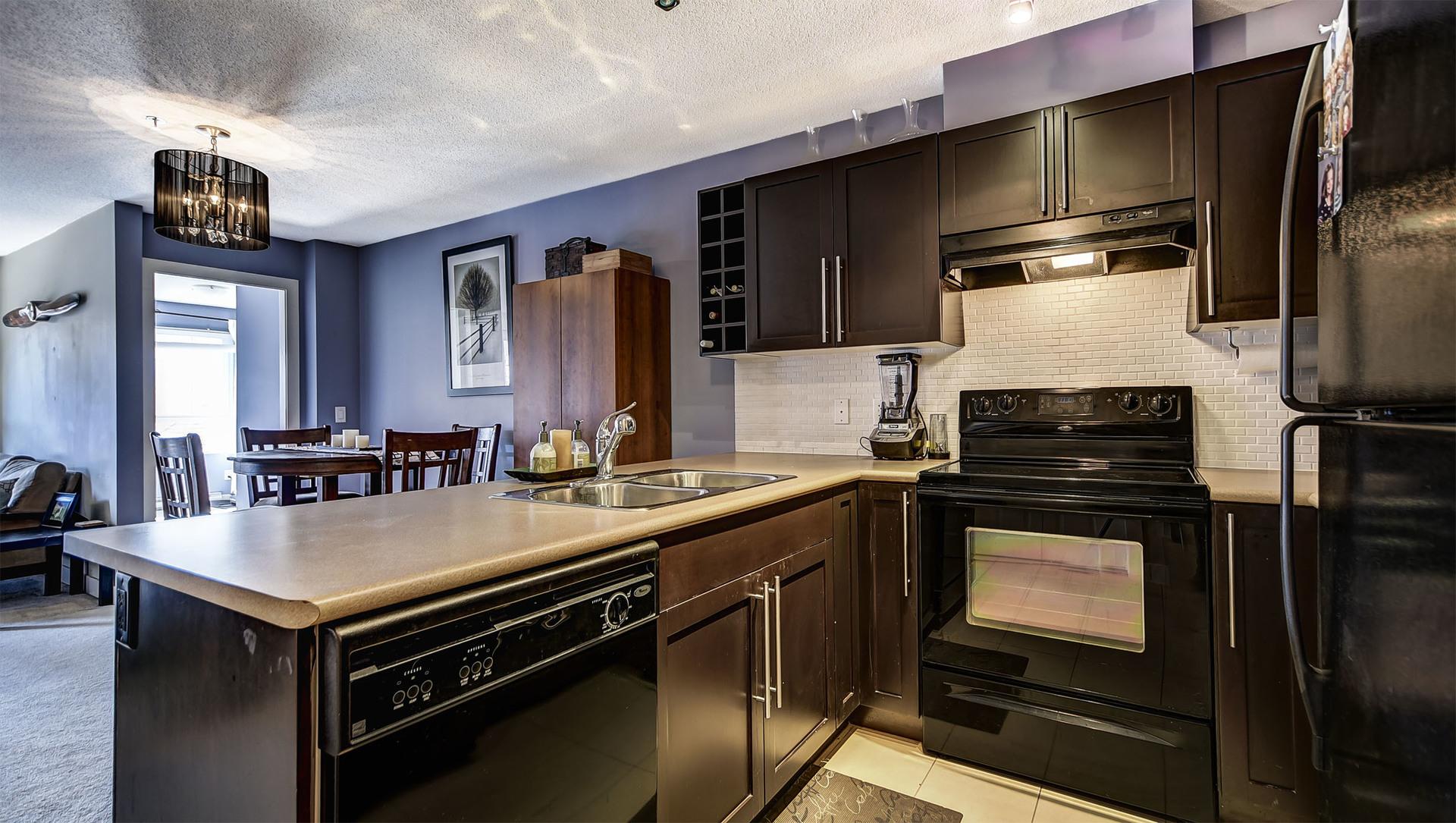Kelowna Real Estate at 308 - 1083 Sunset Drive, Kelowna, Central Okanagan