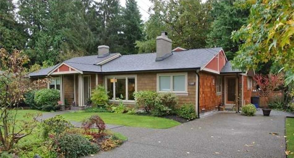3380 Aintree Drive, Edgemont, North Vancouver