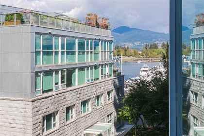 R2105995-3.jpg at 401 - 535 Nicola Street, Coal Harbour, Vancouver West