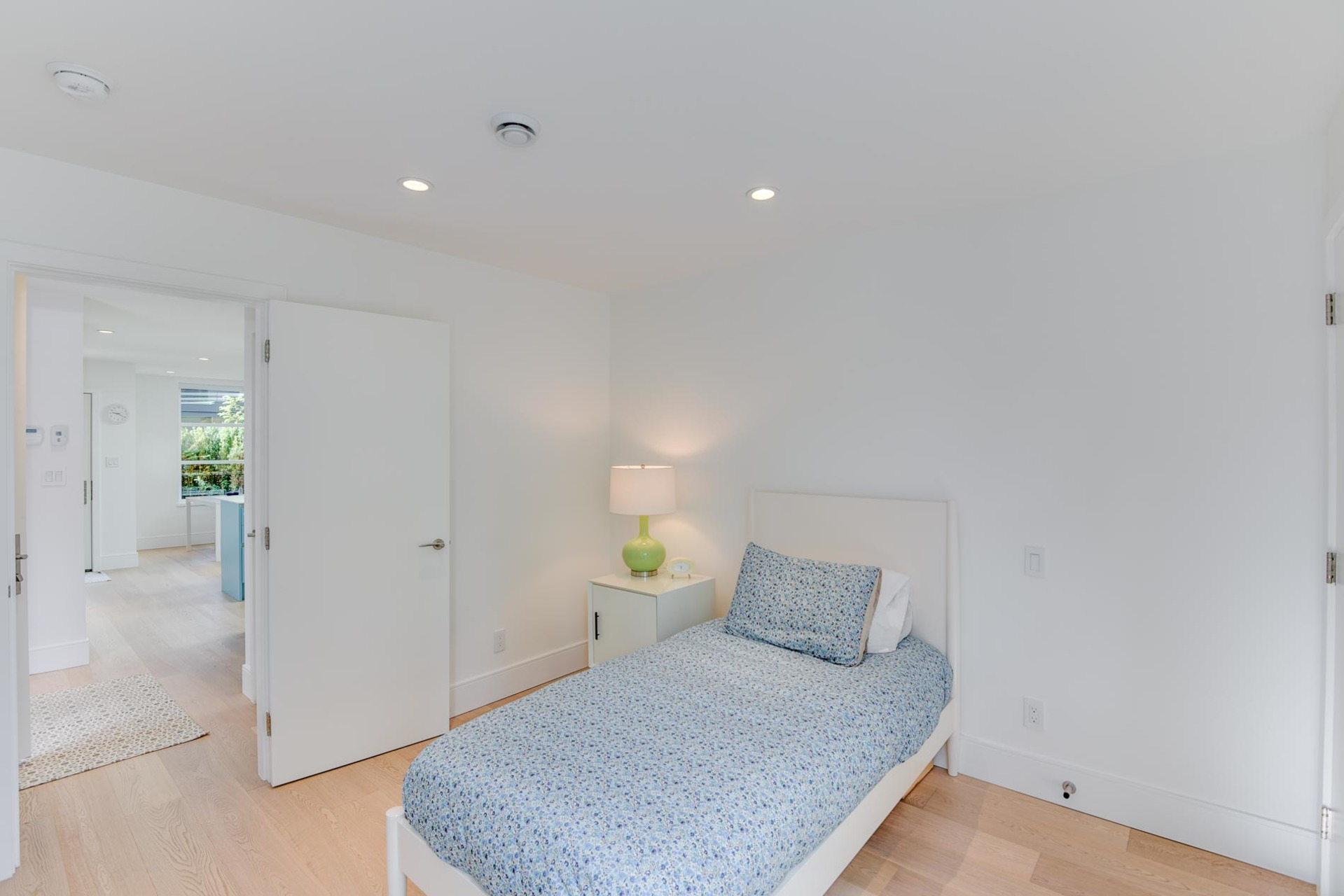 10-1-of-1 at 1146 B - West 20th , Pemberton Heights, North Vancouver
