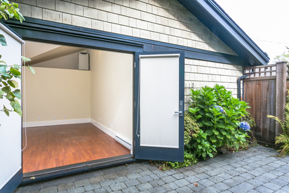 20170922-1j6a5083 at 3233 W 3rd, Kitsilano, Vancouver West