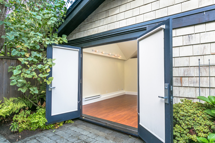 20170922-1j6a5084 at 3233 W 3rd, Kitsilano, Vancouver West