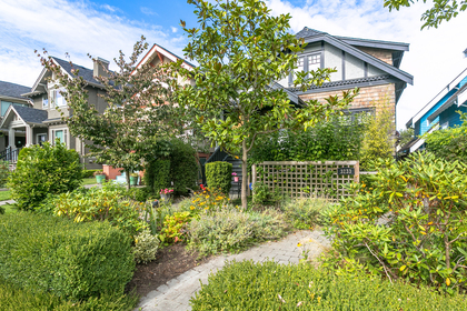 20170922-1j6a5093 at 3233 W 3rd, Kitsilano, Vancouver West