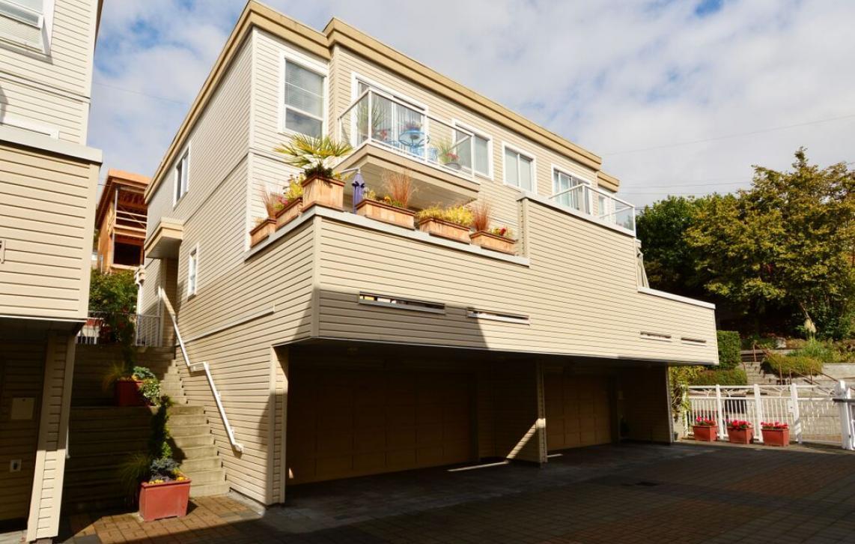 1157 Vidal Street, South Surrey White Rock