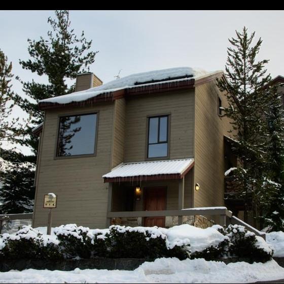 6125 Eagle Drive, Whistler