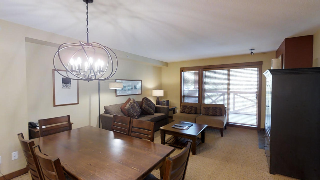 304 G3 Horstman House Dining at 304 G3 - 4563 Blackcomb Way, Benchlands, Whistler