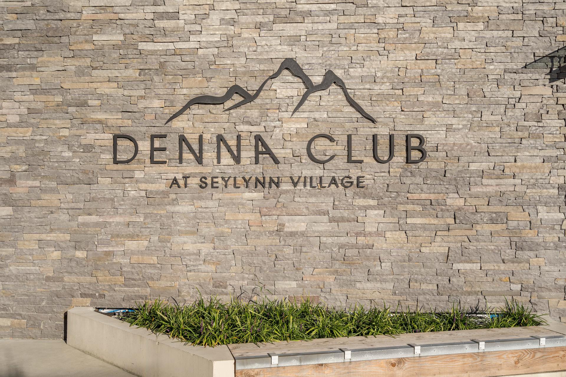 denna-club at 2001 - 680 Seylynn, Lynnmour, North Vancouver