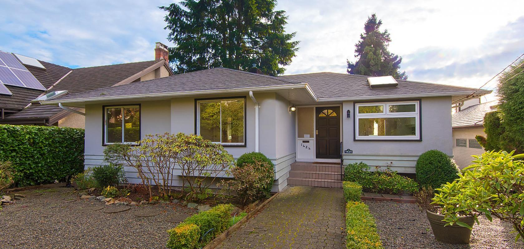 1424 Lawson Avenue, Ambleside, West Vancouver