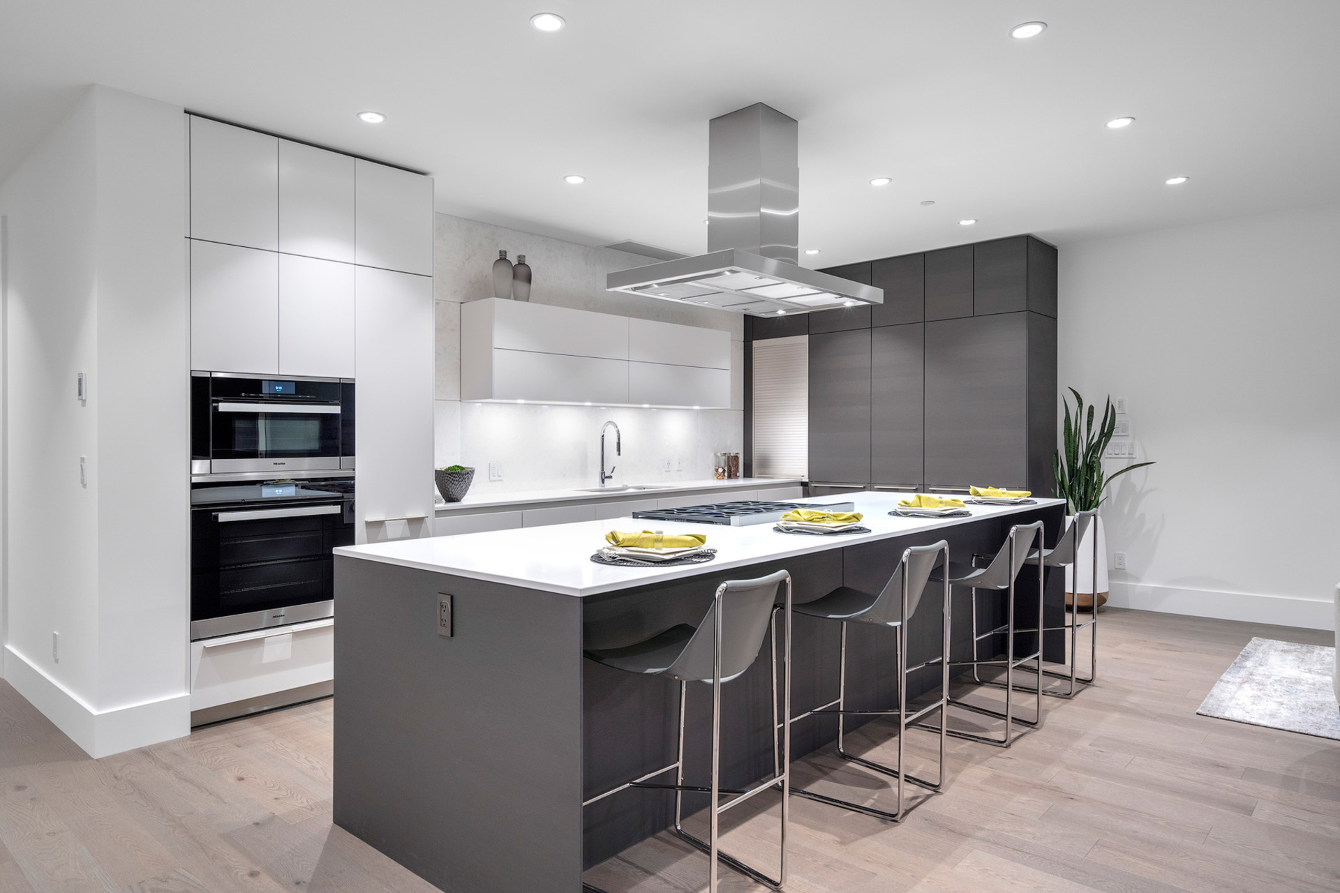 kitchen-2 at 402 - 2958 Burfield Place, Cypress Park Estates, West Vancouver