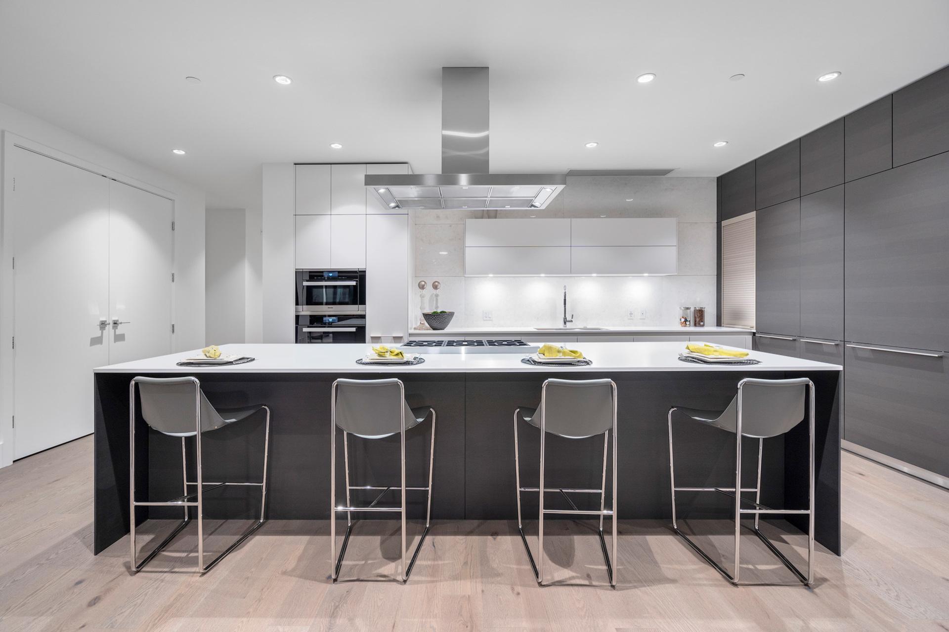 kitchen at 402 - 2958 Burfield Place, Cypress Park Estates, West Vancouver