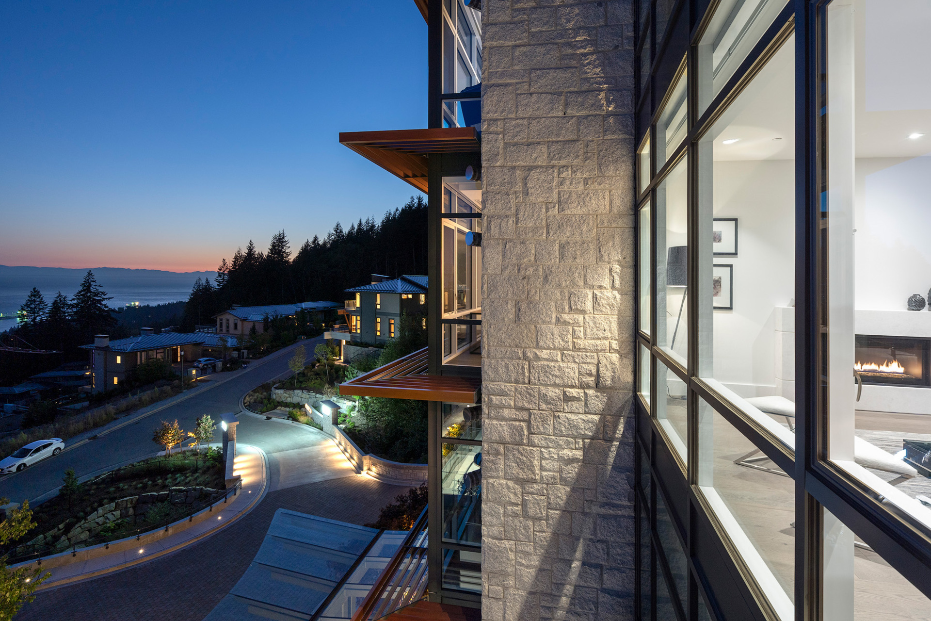 outside at 402 - 2958 Burfield Place, Cypress Park Estates, West Vancouver