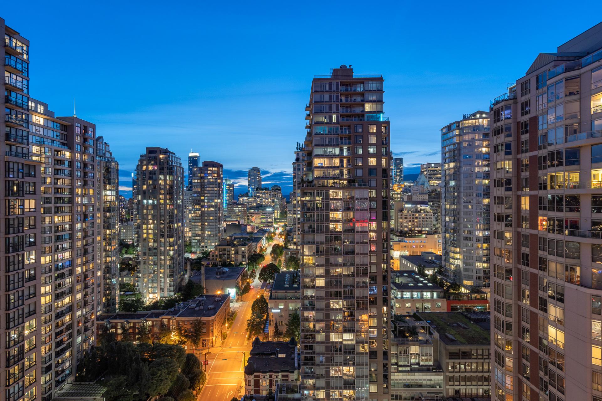 9 at 2203 - 888 Hamilton, Downtown VW, Vancouver West