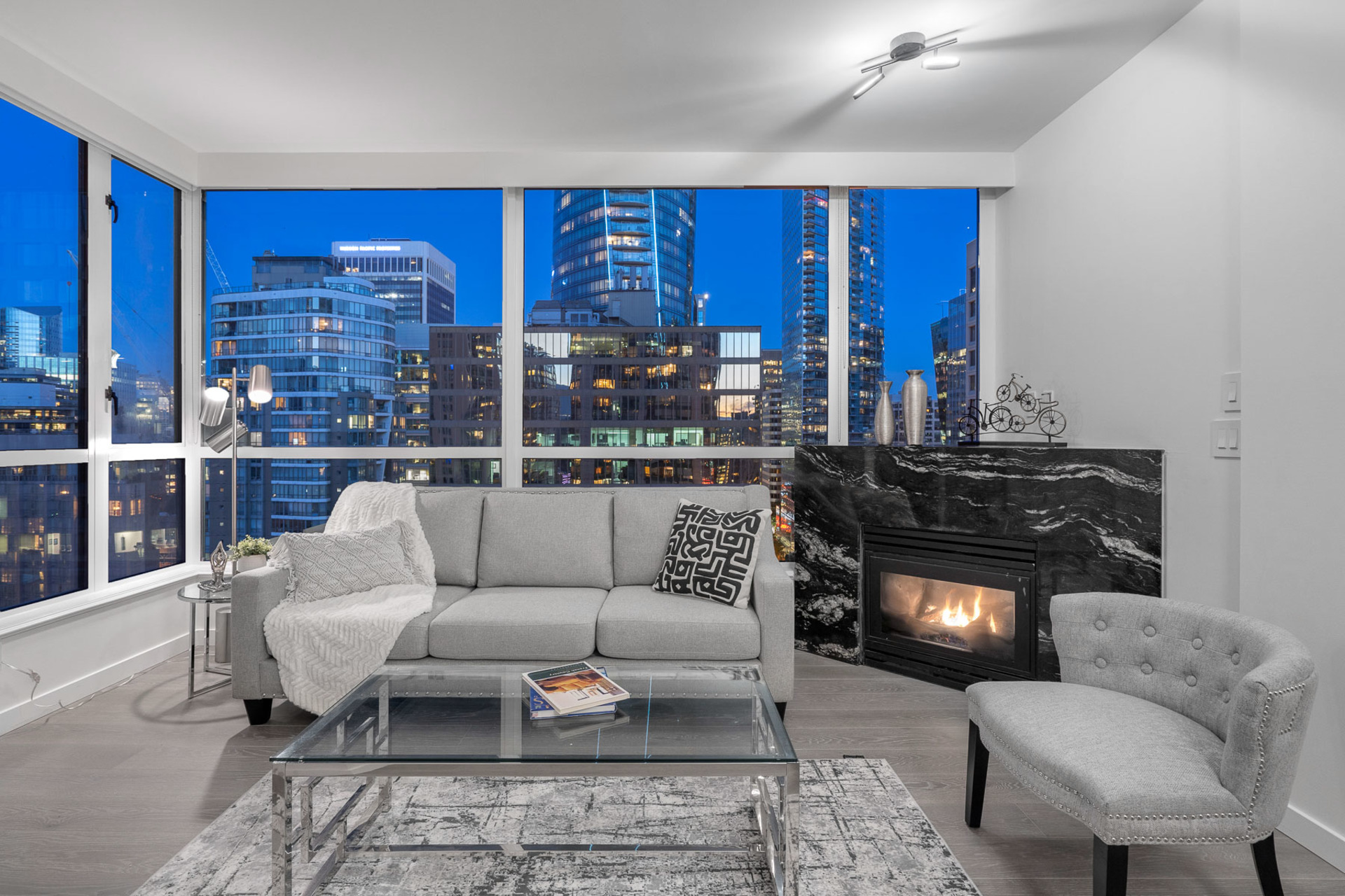1 at 1901 - 1239 W Georgia, Coal Harbour, Vancouver West