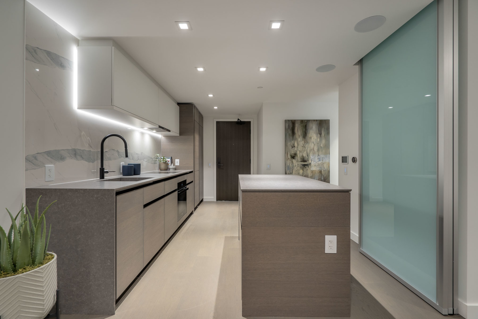 kitchen at 1304 - 620 Cardero, Coal Harbour, Vancouver West
