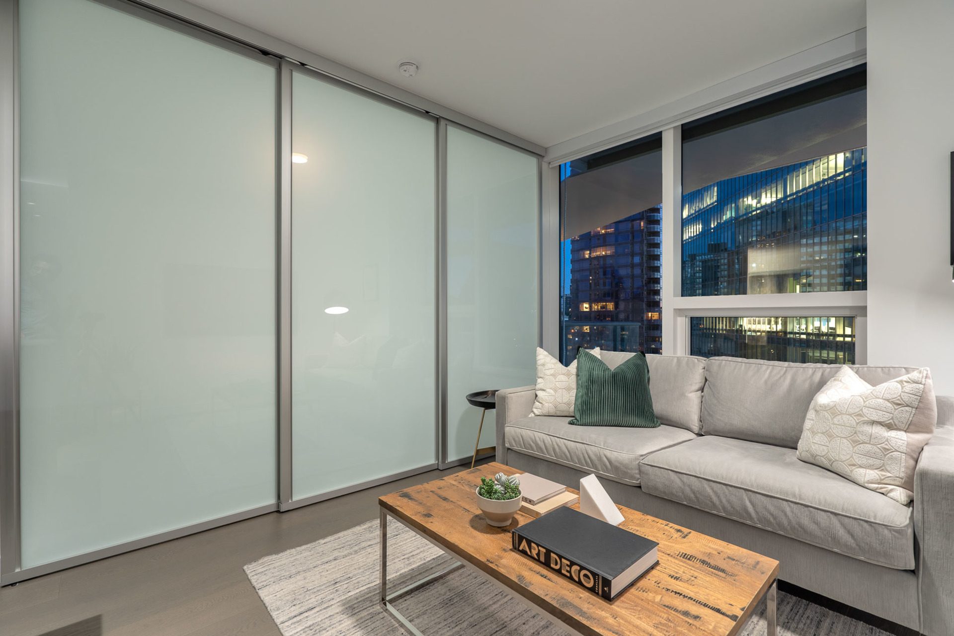 living at 1304 - 620 Cardero, Coal Harbour, Vancouver West